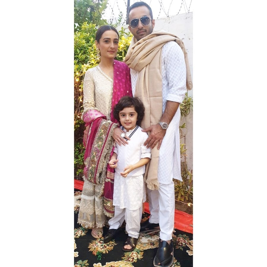 Momal-Sheikh-Family-picture-3