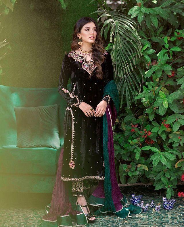 Best velvet dress ideas in 2021