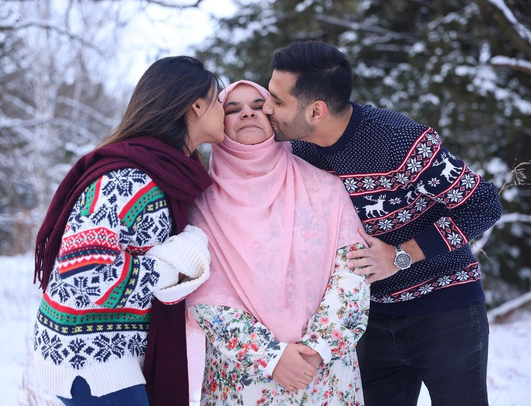 Zaid-Ali-T-Latest-Family-Pictures-19
