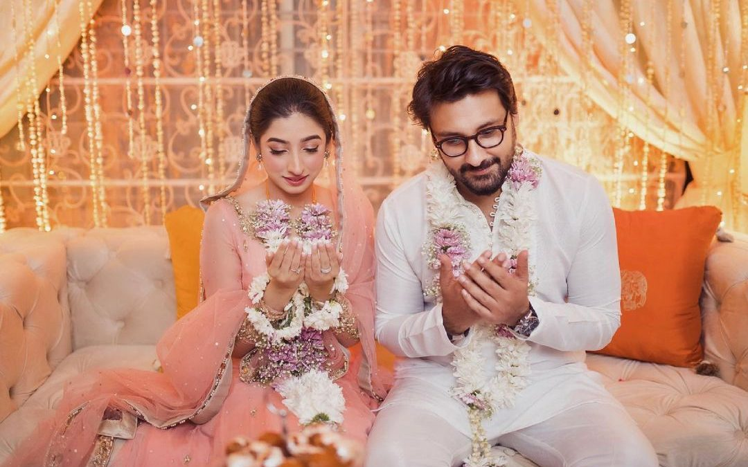 Mariyam-Nafees-Pictures-With-Fiance